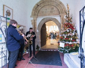 Carols outside the Christmas Concert, 2018